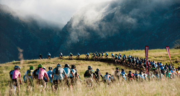 The procession of rider heading out on the W2W Adventure